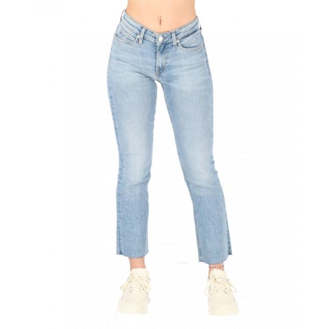 Calvin Klein Jeans Donna Mid Rise Crop Flare Light Blue Destructed Cut Hem